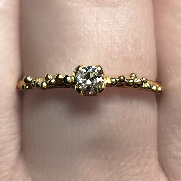 GRANULATION SOLITAIRE RING