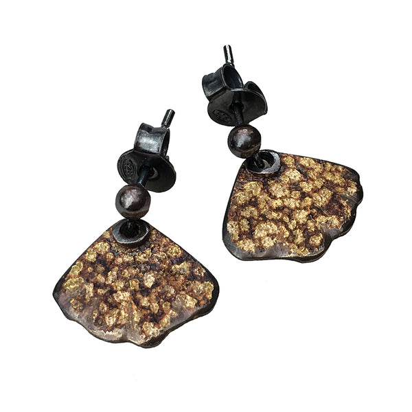 STONE PATTERN FAN STUD EARRINGS