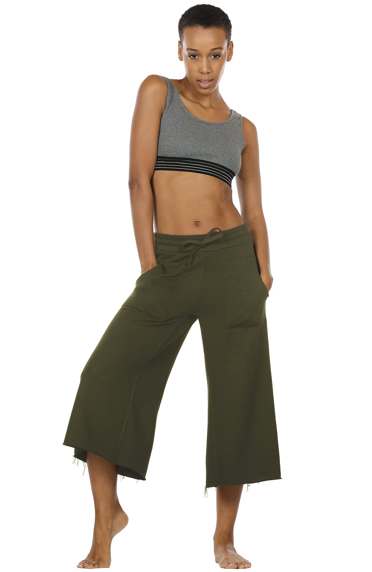 17a6926b6b icyzone Womens Joggers Sweatpants - Athletic Lounge Cotton Terry Wide Leg Capri  Pants with Pockets