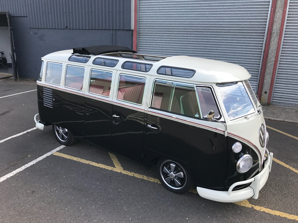 1962 Deluxe Split Screen Microbus