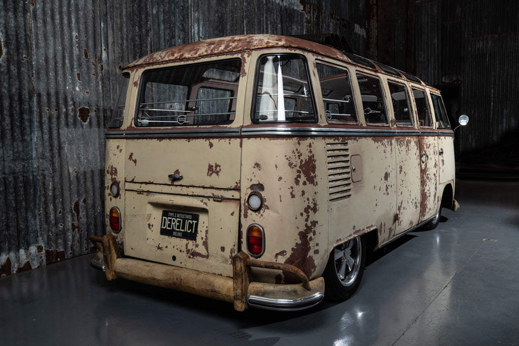 1963 Derelict Deluxe 23 Window Split Screen Camper