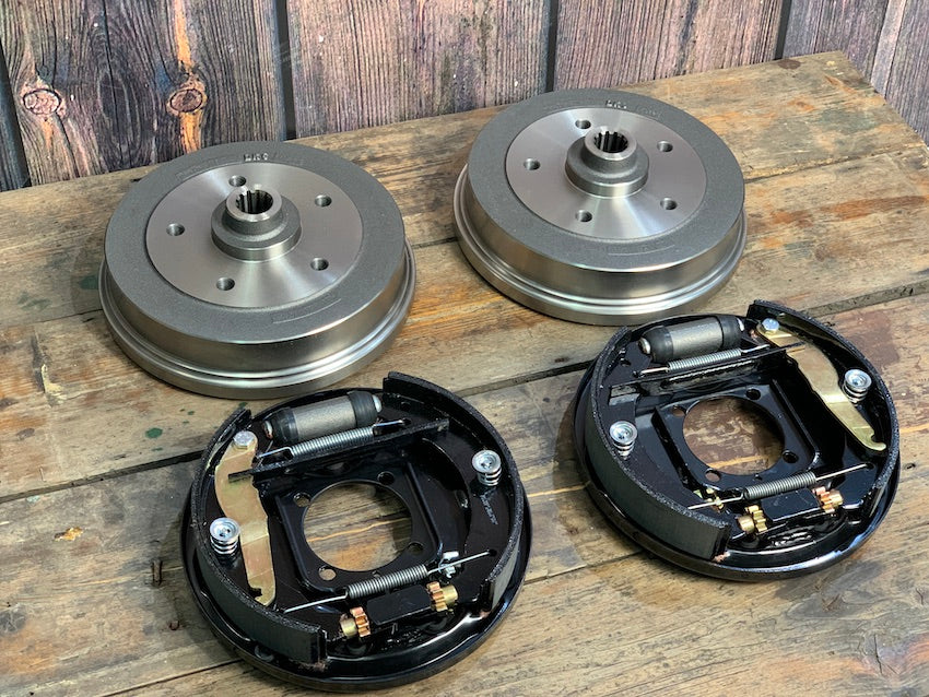 REAR BRAKE KIT: 5x130 OR 5x205 (Type 1 Kit)