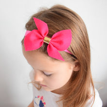 Twist Felt Bow - Medium