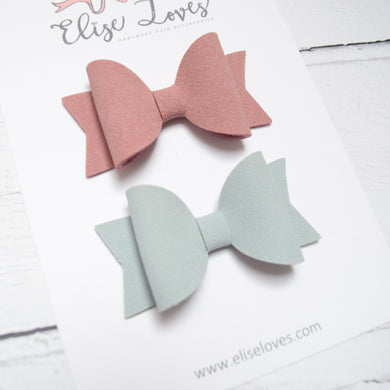 Set of Suede Bows