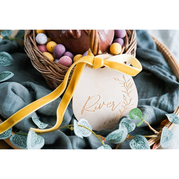 Wooden easter egg tag