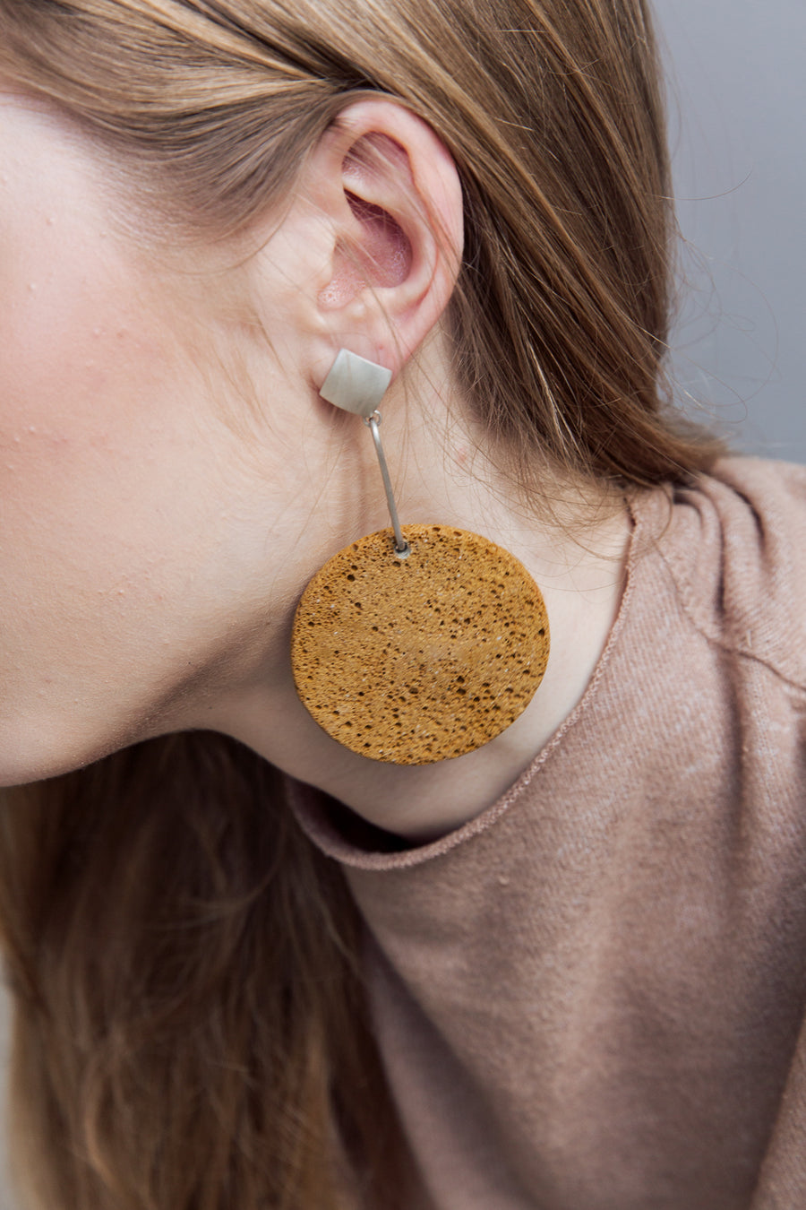 Sofi earring / Blue foam