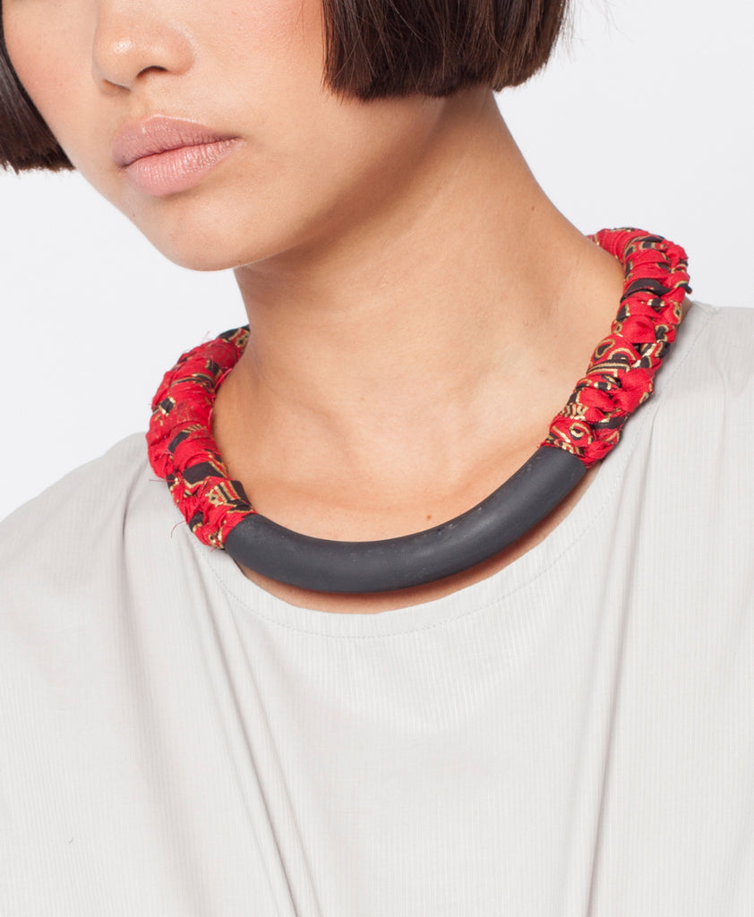 BAKALA / Tribal red knot necklace