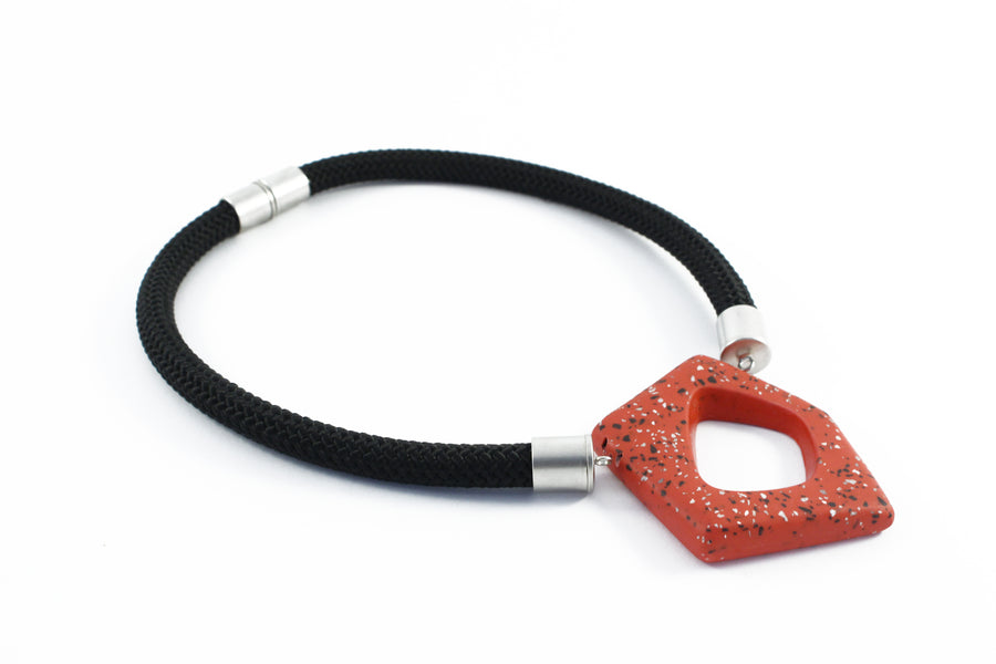 Chichi necklace / Red terrazzo
