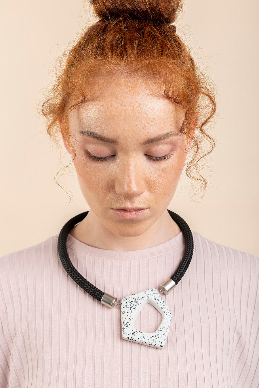 Chichi necklace / Marble