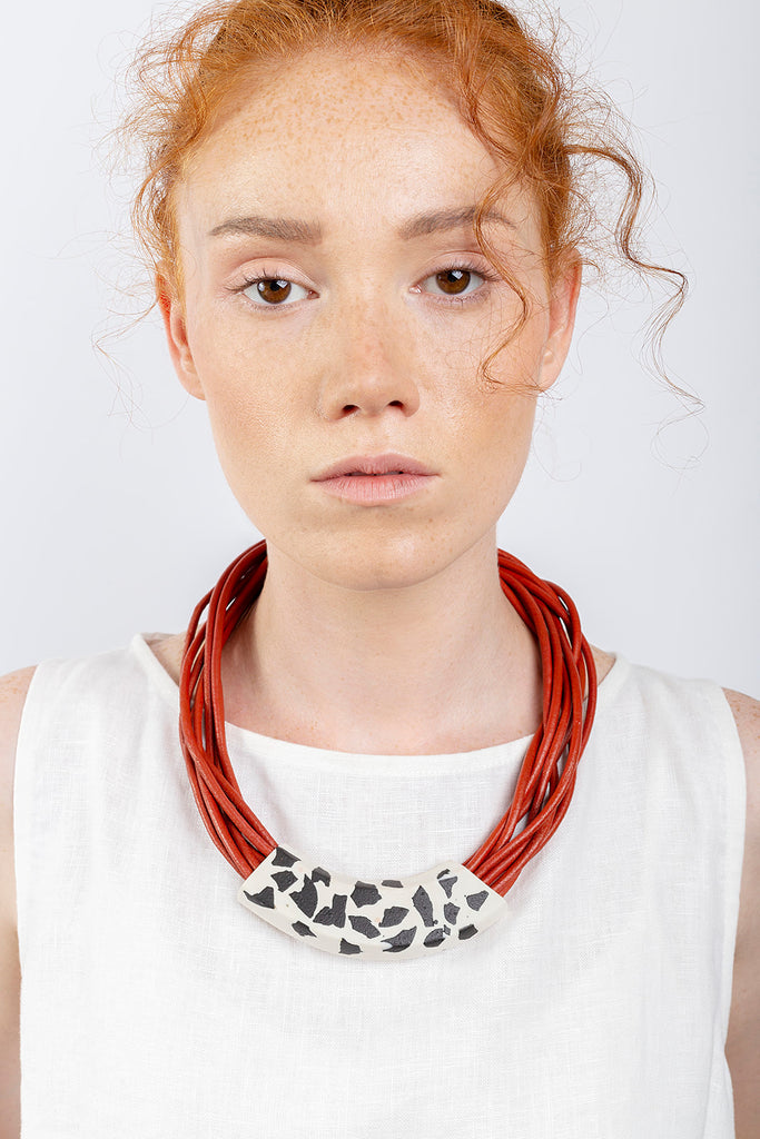 NIKORA / Red terrazzo porcelain necklace