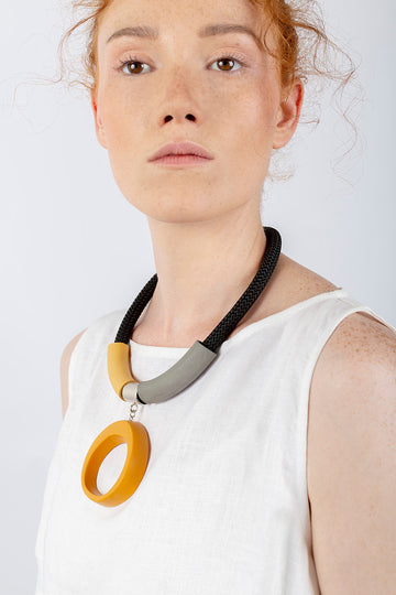 Kiri necklace / Ocher