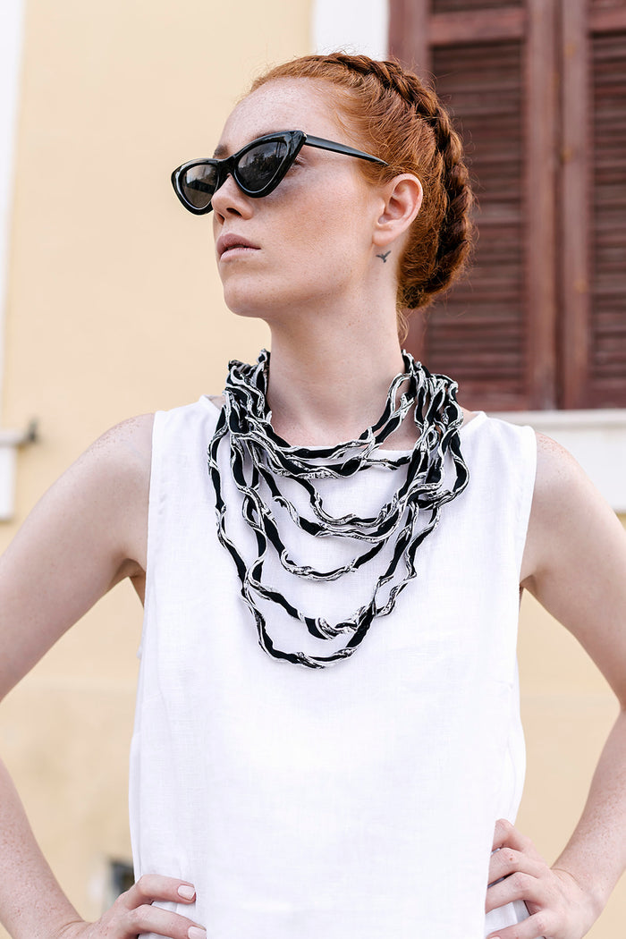 Citra grey / Textured multi-stranded fabric necklace