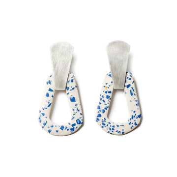 Tamara Earring / Blue and white