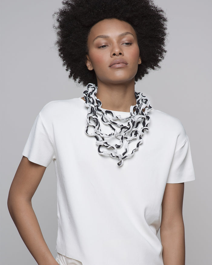 Citra white / Textured multi-stranded fabric necklace