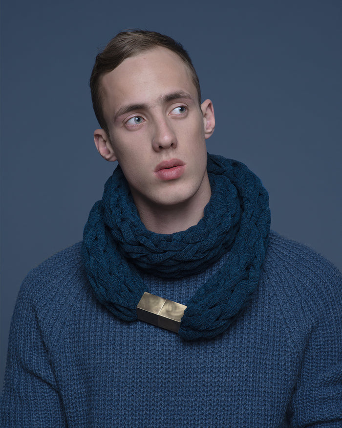 KOMO / Snorkel blue knitted chunky scarf for men