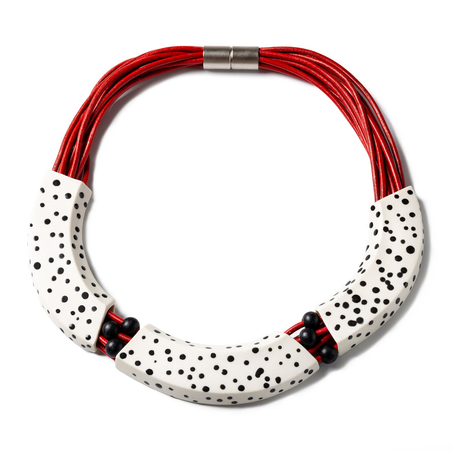MAKENA NECKLACE - Black dots