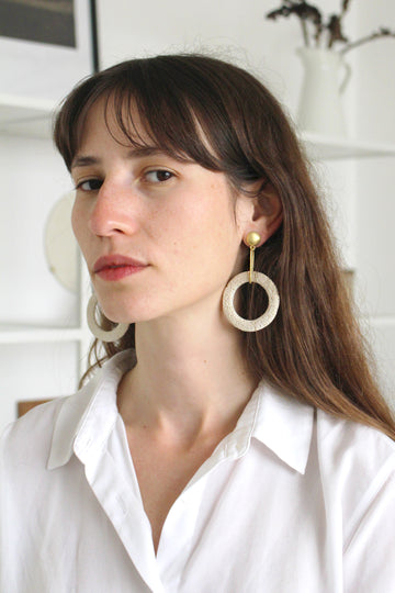 Shani Earring / White foam