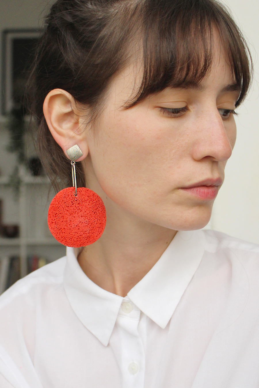 Sofi earring / Red foam