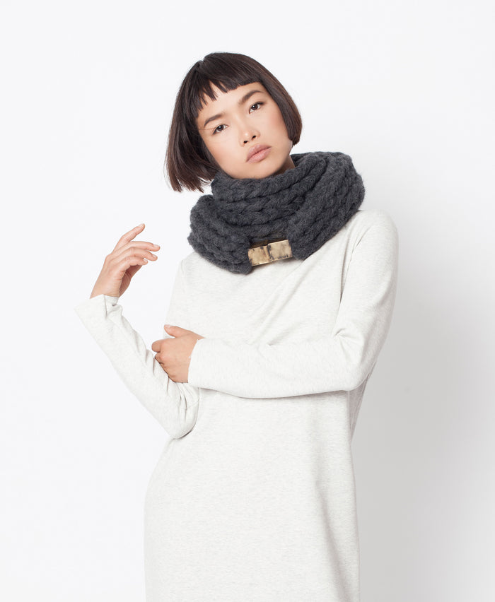 Vito Scarf \ Dark grey chunky infinity scarf for winter