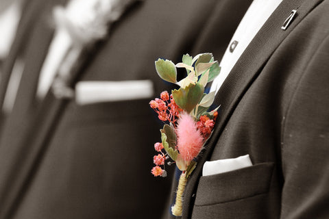 boutonniere dried flowers