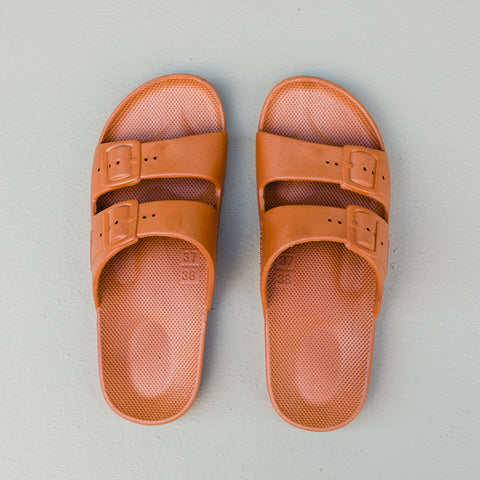 Freedom Moses | Toffee Sandal