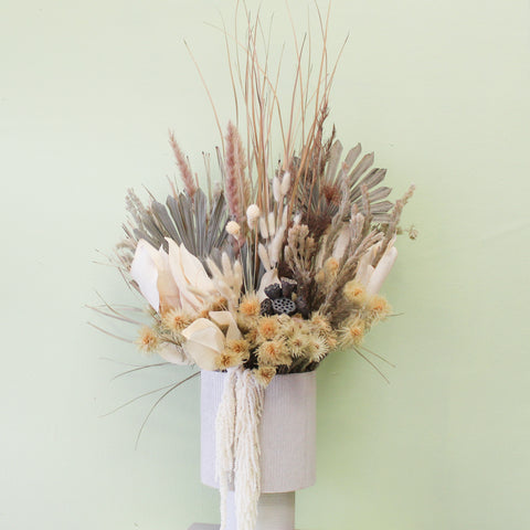 Wedding Ceremony Flowers XL | The Valley