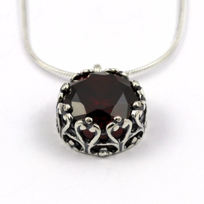Garnet Zirconia Set Silver Necklace