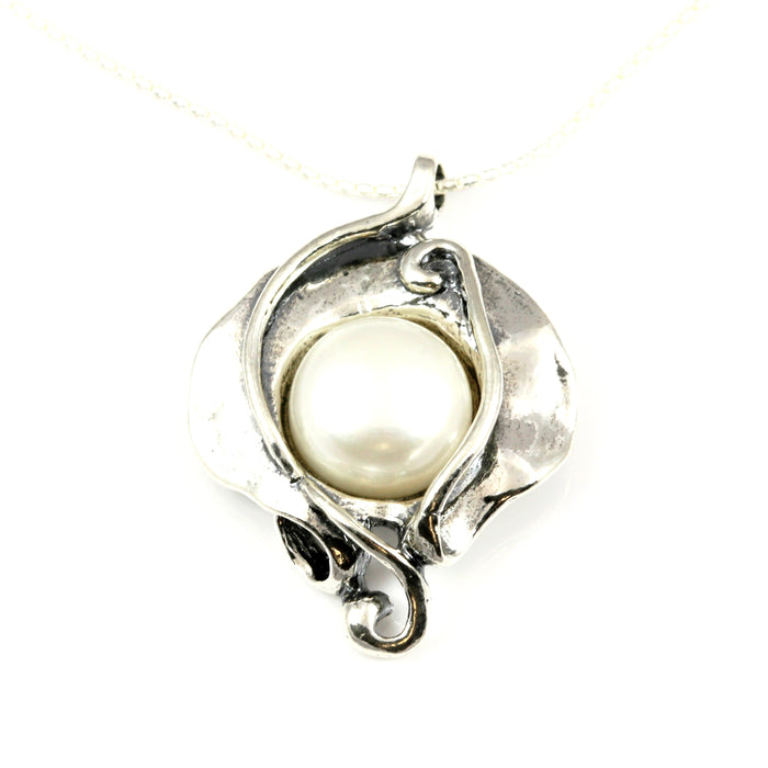 Pearl Pear-Shaped Silver Necklace
