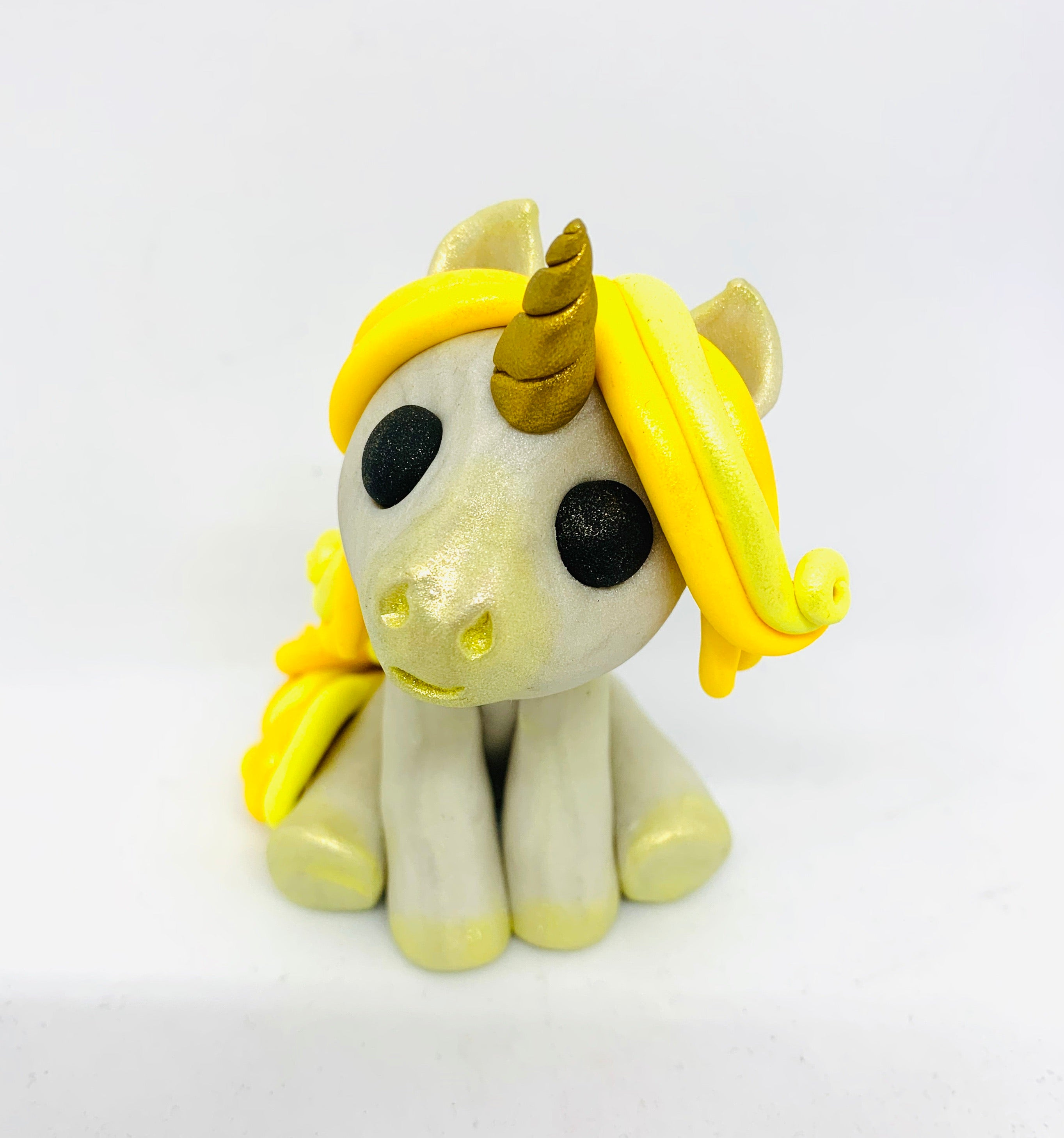 Sitting Unicorn Yellow