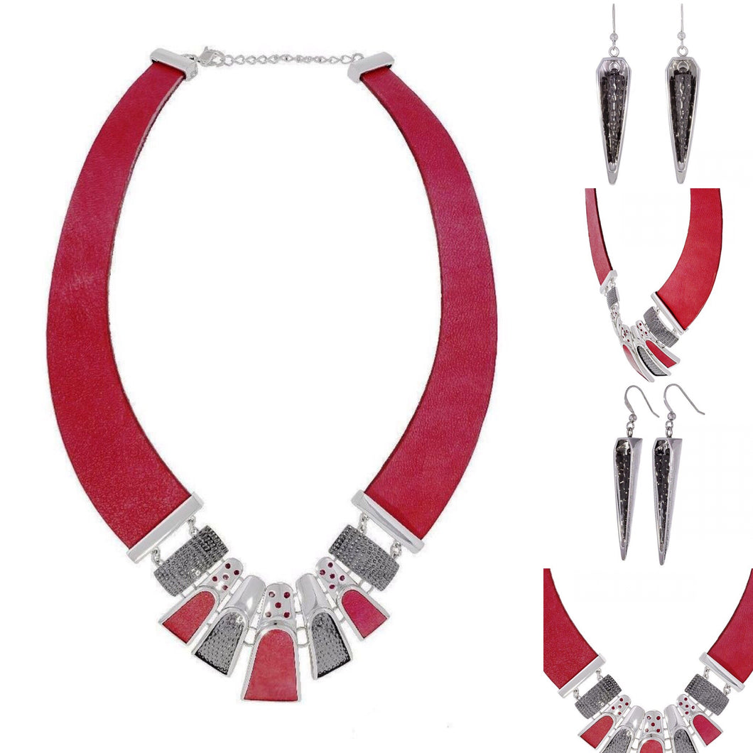 Lady Loves Red Neckpiece Set