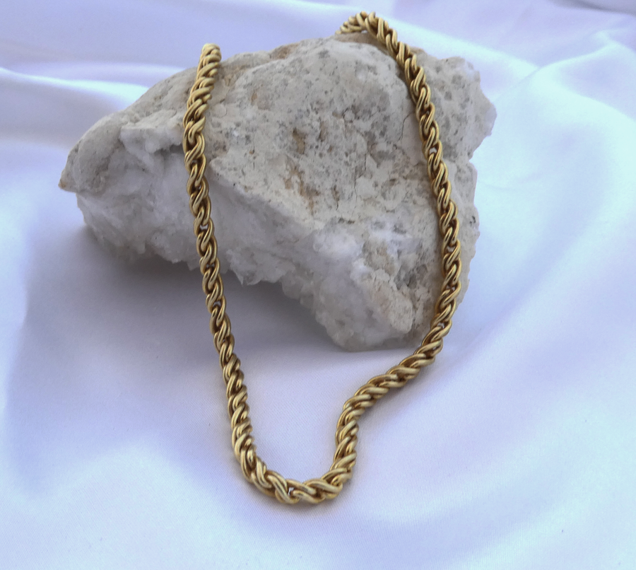 Chunky braided chain necklace / Gold