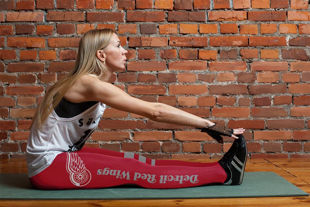 Through Great Logo Spread Body Striped Circle Detroit Red Wings Leggings