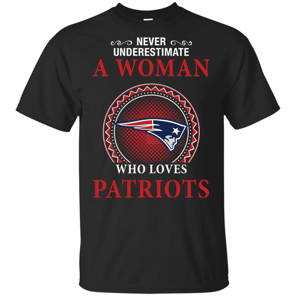 Never Underestimate A Woman Who Loves New England Patriots Sweaters