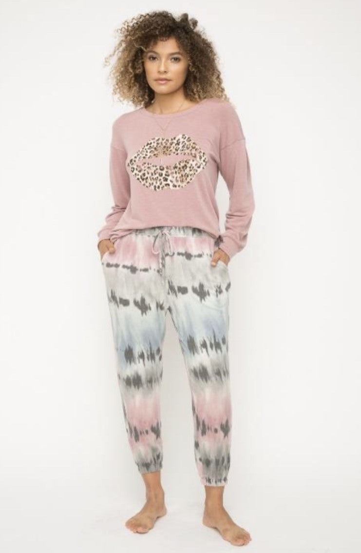 Mystree Leopard Kiss Tie Dye Lounge Set