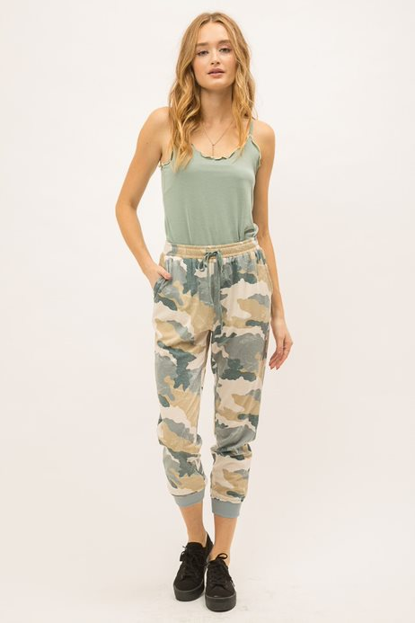 Mystree Washed Camo Sweatpants Style: 18979C