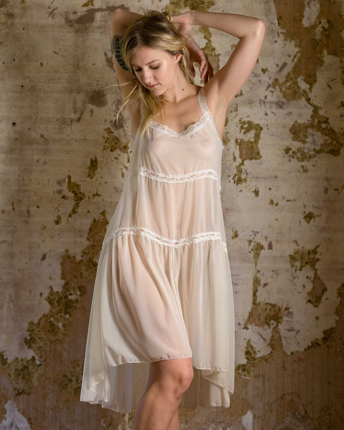 Honeymooner Bridal White Lace Nighty