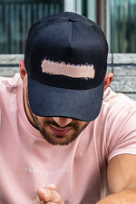 Paint Stroke Mesh Trucker Cap Black / Dust Pink