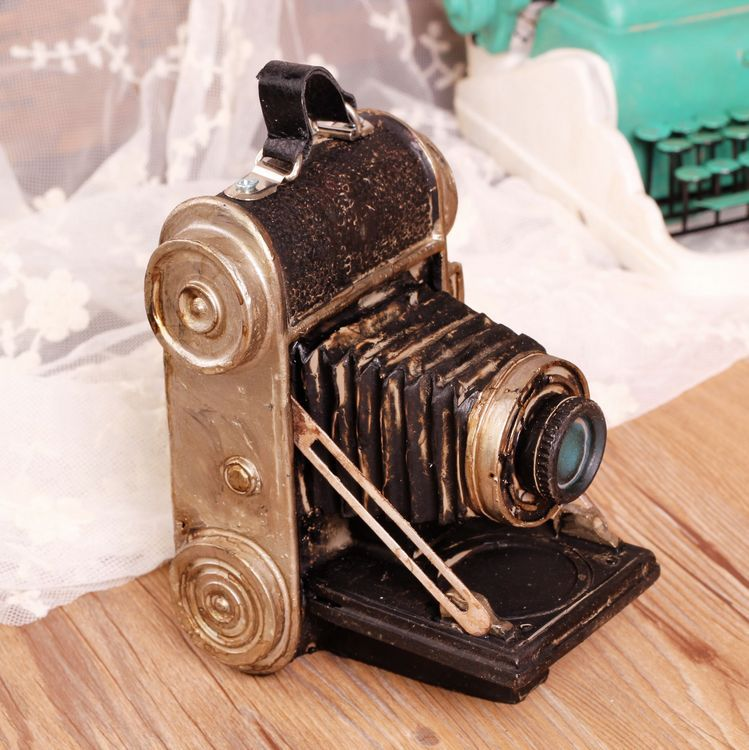 Retro Old Fashion Camera