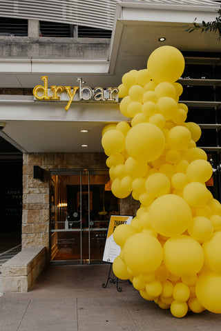 Dry Bar Balloon Installation Dallas Texas