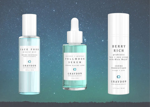 Face Food, Fullmoon Serum, Berry Rich on a starry night background
