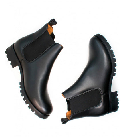 Will's Vegan Luxe Deep Tread Chelsea Boot Black