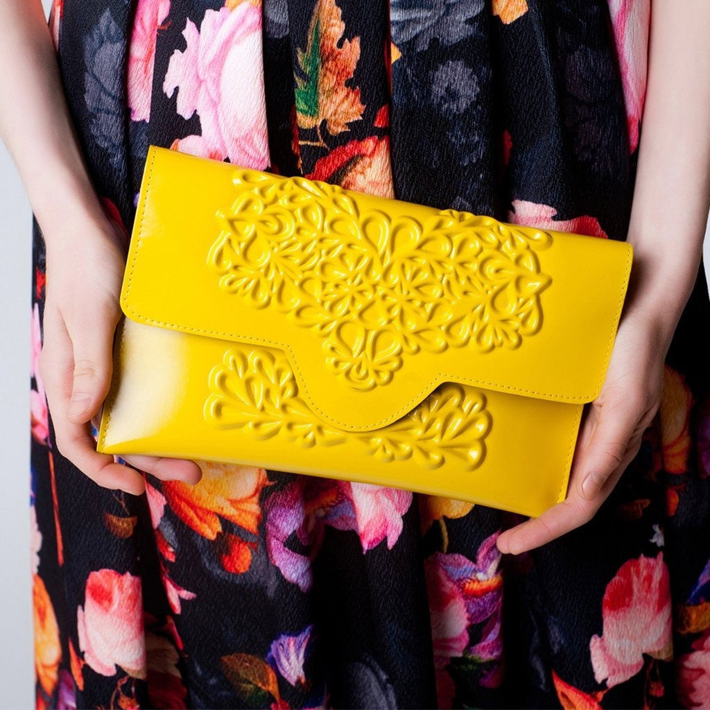 MeDusa Slim Clutch Yellow