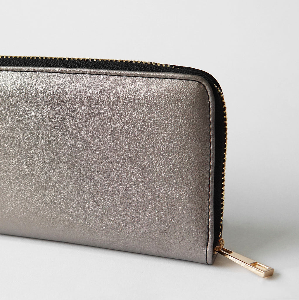 The Lovely Things Metallic Contrast Wallet Black
