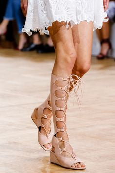 5 Shoe Trends That Will Dominate The Spring Runways