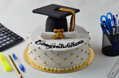 How to Host a Virtual Graduation Party. 10 Steps to real-life Success!