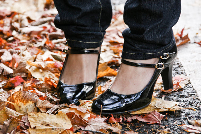 heels with leaves