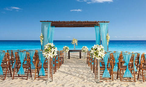 plan a destination wedding to save money