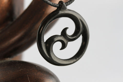 The waves of Yin and Yang Necklace - Horn Carving - Y006
