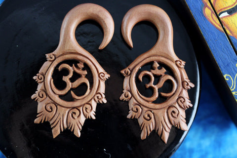 OM Earring Hangers for Stretched Ears