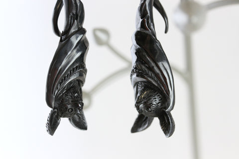 Bat Twisting Hanging Plugs (Pair) - B046